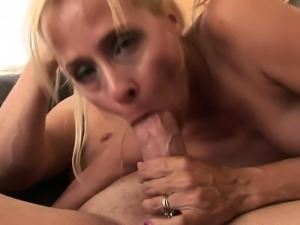 Insatiable blonde cougar Payton Leigh worships and fucks a long pole