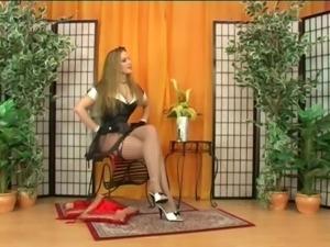 Slave girl licks ass