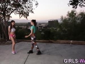 Lesbian teen babe eaten